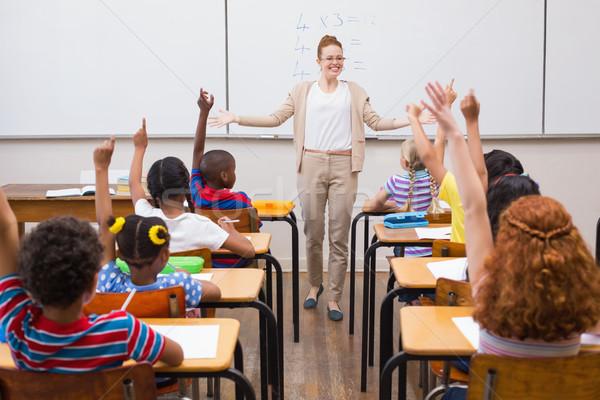 Tanár matematika lecke osztályterem általános iskola nő Stock fotó © wavebreak_media