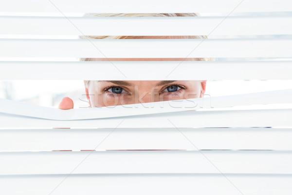 好奇心の強い 見える 女性 ストックフォト © wavebreak_media