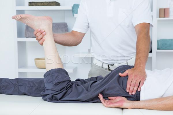 ногу массаж пациент медицинской служба человека Сток-фото © wavebreak_media