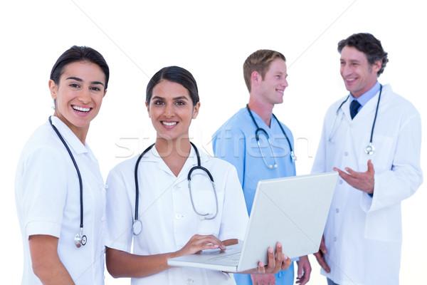 ストックフォト: 医師 · ラップトップを使用して · 女性 · 医師