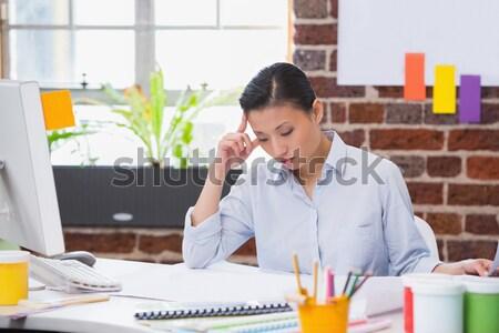Deprimido masculina ejecutivo de trabajo ordenador oficina Foto stock © wavebreak_media