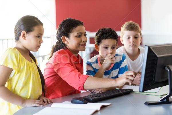 Photo stock: Homme · enseignants · enseignement · ordinateur · enfants · souriant