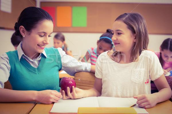 Oferta maçã professor mulher menina escolas Foto stock © wavebreak_media