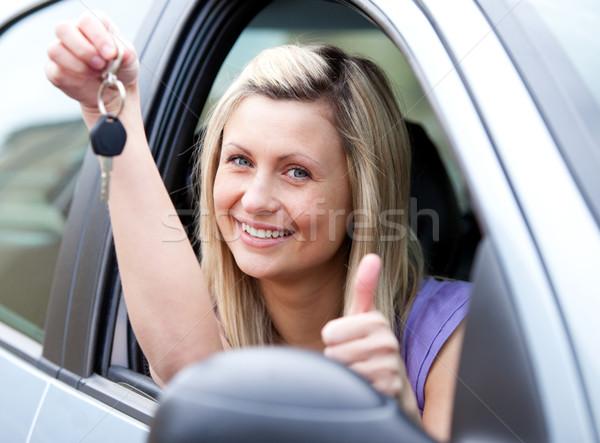 живой женщины драйвера ключевые Новый автомобиль Сток-фото © wavebreak_media