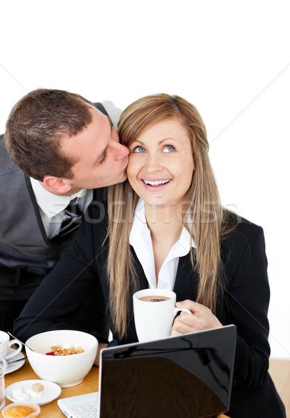 Vonzó üzletember csók fényes barátnő reggeli Stock fotó © wavebreak_media