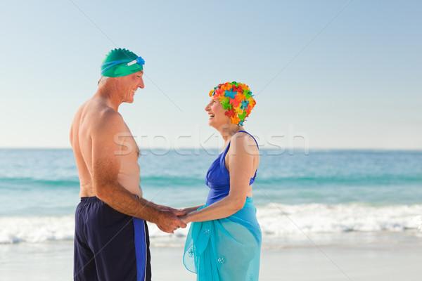 влюбленный пожилого пару пляж женщину небе Сток-фото © wavebreak_media