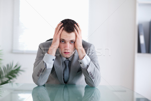 Zakenman is mislukt vergadering achter tabel business Stockfoto © wavebreak_media