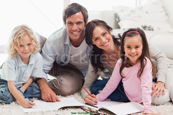 Charmant familie tekening samen woonkamer liefde Stockfoto © wavebreak_media