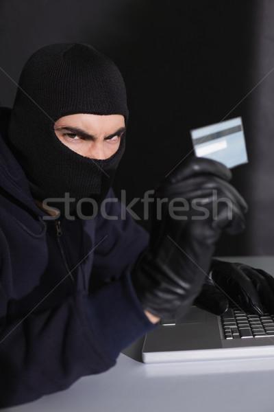 Enojado tarjeta de crédito portátil negro ordenador Foto stock © wavebreak_media