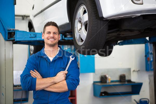 Mechanik opon koła naprawy garaż usługi Zdjęcia stock © wavebreak_media