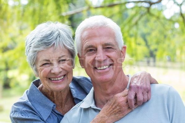 Stok fotoğraf: Mutlu · yaşlı · çift · gülen · park · kadın