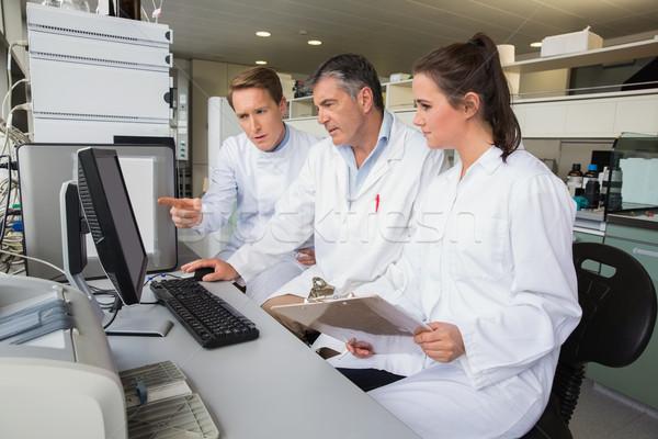 Takım bilim adamları laboratuvar bilgisayar okul Stok fotoğraf © wavebreak_media