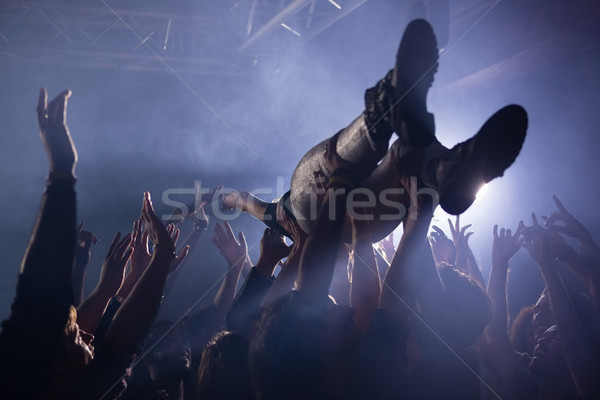 Tömeg szörfözik koncert éjszakai klub férfi kő Stock fotó © wavebreak_media