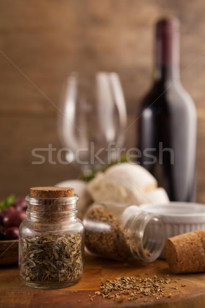 Közelkép fűszer kőműves asztal borosüveg bor Stock fotó © wavebreak_media