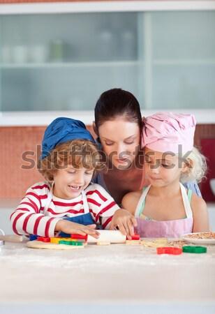 Boldog apa lánygyermek ünnepel születésnapi buli portré Stock fotó © wavebreak_media