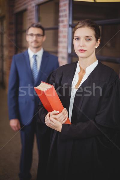 Feminino advogado empresário em pé retrato escritório Foto stock © wavebreak_media
