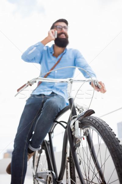 призыв кто-то телефон человека очки Сток-фото © wavebreak_media
