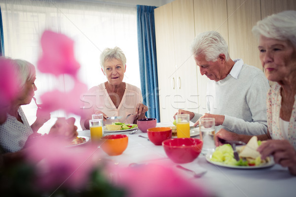 Almuerzo casa mujer alimentos salud Foto stock © wavebreak_media