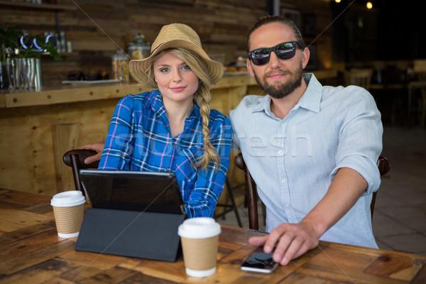 Portret mooie paar vergadering tabel coffeeshop Stockfoto © wavebreak_media