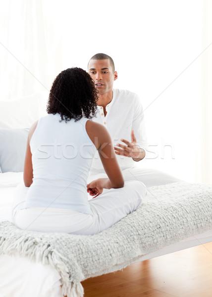 çift konuşma yatak odası kız yatak Stok fotoğraf © wavebreak_media