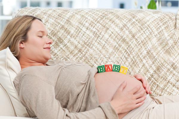 Gülen gelecek anne bebek harfler göbek Stok fotoğraf © wavebreak_media