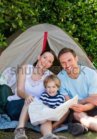 Imádnivaló család kempingezés kert nő lány Stock fotó © wavebreak_media