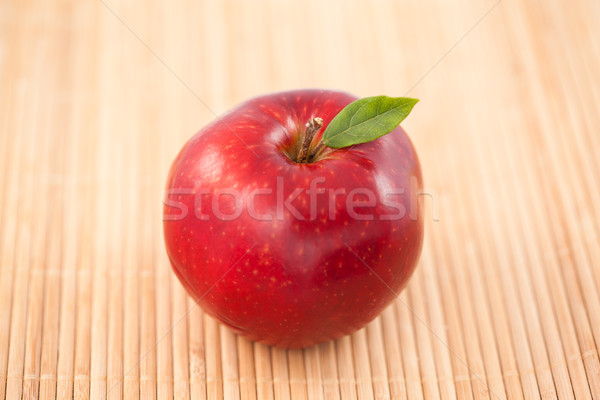 Pomme nappe bois alimentaire fruits bambou Photo stock © wavebreak_media