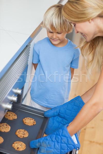 Madre figlio cottura cookies cucina donna Foto d'archivio © wavebreak_media