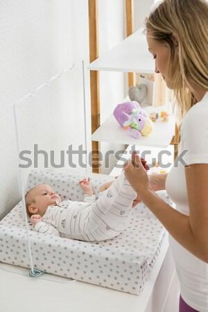 Anya olvas lánygyermek esti mese otthon hálószoba Stock fotó © wavebreak_media