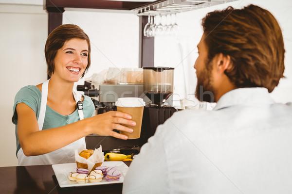 Joli serveuse heureux client café Photo stock © wavebreak_media