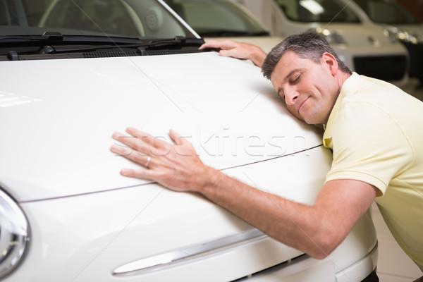 Mosolyog férfi ölel fehér autó új autó Stock fotó © wavebreak_media