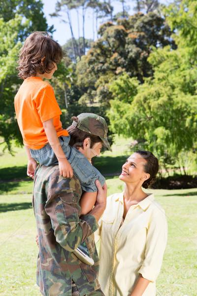 Gelukkig soldaat familie vrouw boom Stockfoto © wavebreak_media