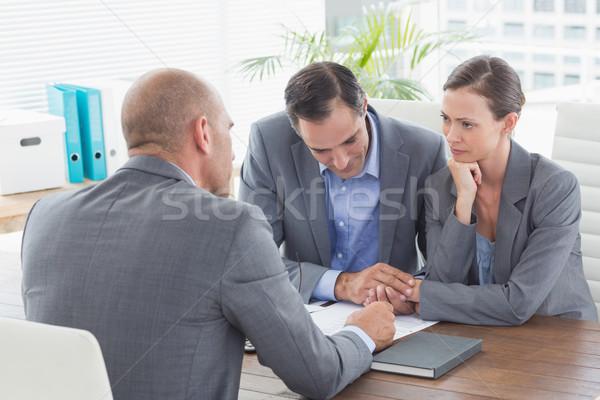 бизнесмен договор Бизнес-партнеры служба женщину Сток-фото © wavebreak_media