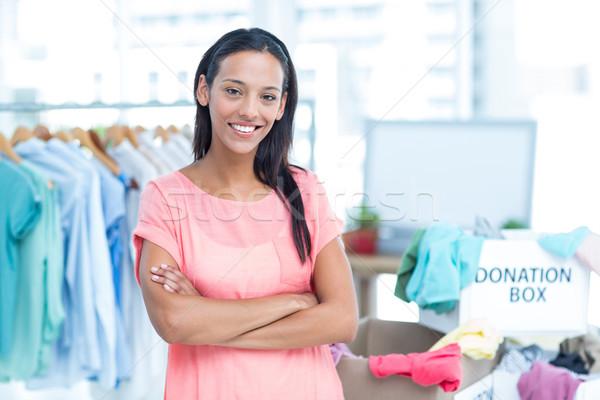 Uśmiechnięty młodych kobiet wolontariusz portret pomoc Zdjęcia stock © wavebreak_media