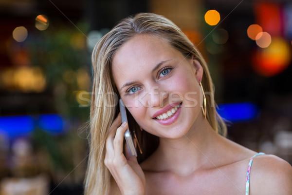 Sonriendo mujer atractiva retrato compras Foto stock © wavebreak_media