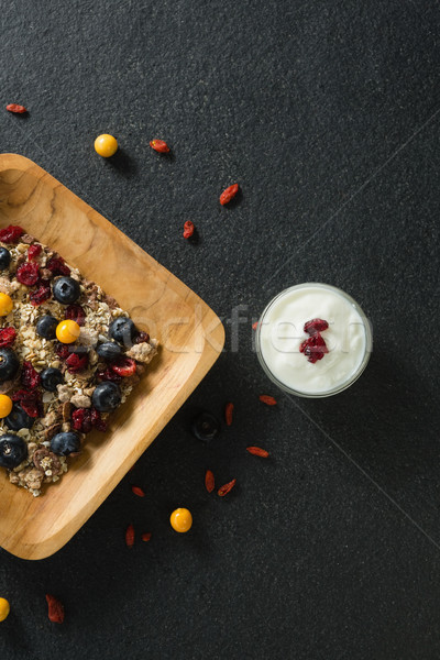 Placa cereales para el desayuno yogurt negro papel madera Foto stock © wavebreak_media