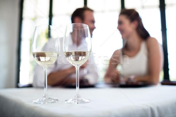 Due bicchieri di vino Coppia data ristorante Foto d'archivio © wavebreak_media