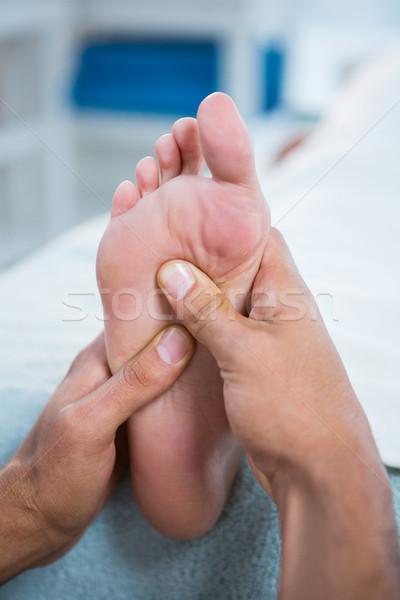 Pie masaje mujer clínica mano hombre Foto stock © wavebreak_media