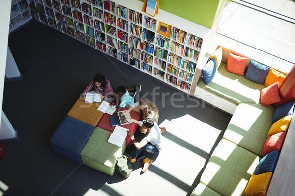 внимательный студентов изучения библиотека мнение школы Сток-фото © wavebreak_media