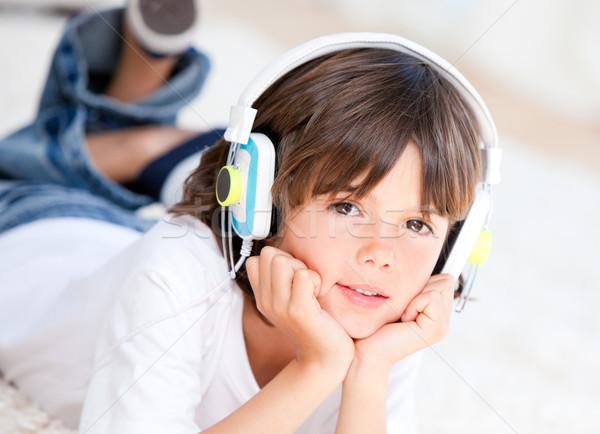 Ragazzo musica camera da letto ragazza bambini stanza Foto d'archivio © wavebreak_media