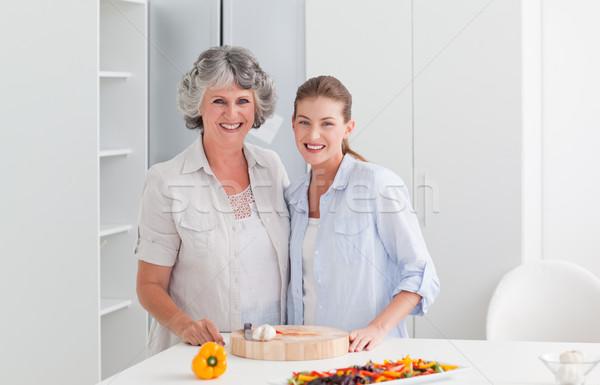 Vrouw koken moeder home familie huis Stockfoto © wavebreak_media