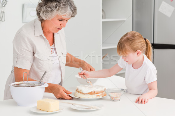 Meisje grootmoeder home huis glimlach Stockfoto © wavebreak_media