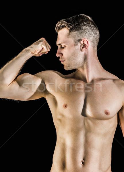 Сток-фото: рубашки · молодым · человеком · мышцы · черный · стороны · спорт