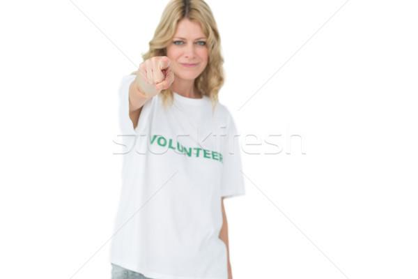 Retrato feliz femenino voluntario senalando ayudar Foto stock © wavebreak_media