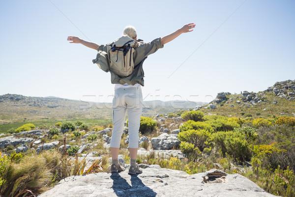 Escursionista piedi braccia fuori libertà Foto d'archivio © wavebreak_media