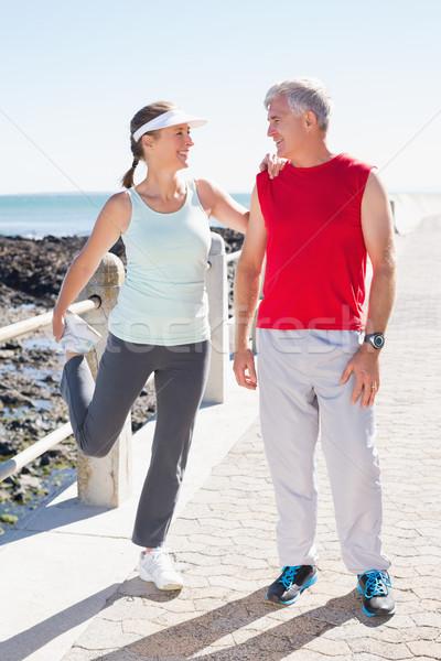 Dopasować dojrzały para w górę wraz molo Zdjęcia stock © wavebreak_media