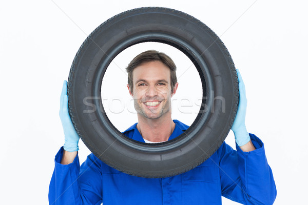 Mechanik patrząc opon portret biały człowiek Zdjęcia stock © wavebreak_media