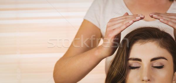 Reiki tratamiento terapia habitación mujer Foto stock © wavebreak_media