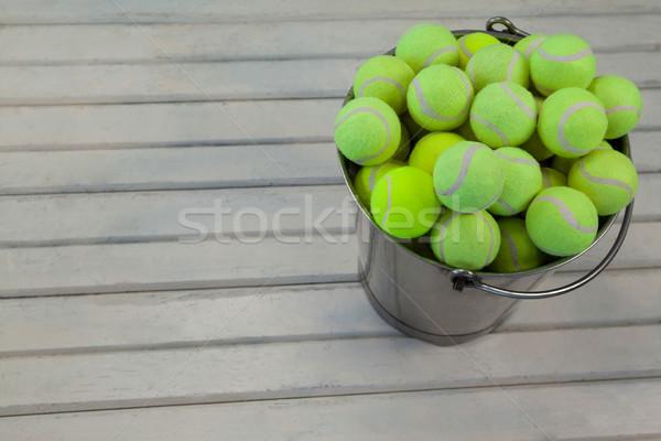 Magasról fotózva kilátás tenisz golyók fémes vödör Stock fotó © wavebreak_media