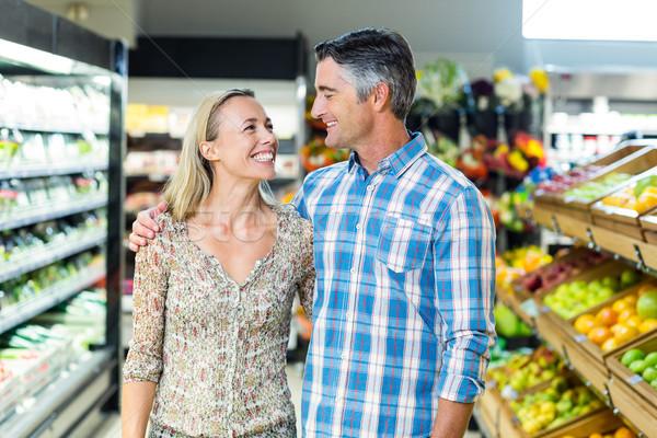 Feliz casal supermercado retrato negócio mulher Foto stock © wavebreak_media
